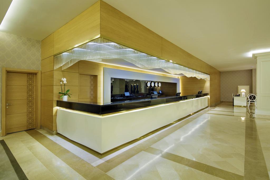 Тури в готель Queen's Park Tekirova Resort & Spa Кемер