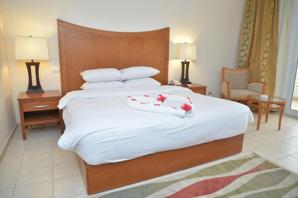Горящие туры в отель Old Vic Sharm Шарм-эль-Шейх Египет