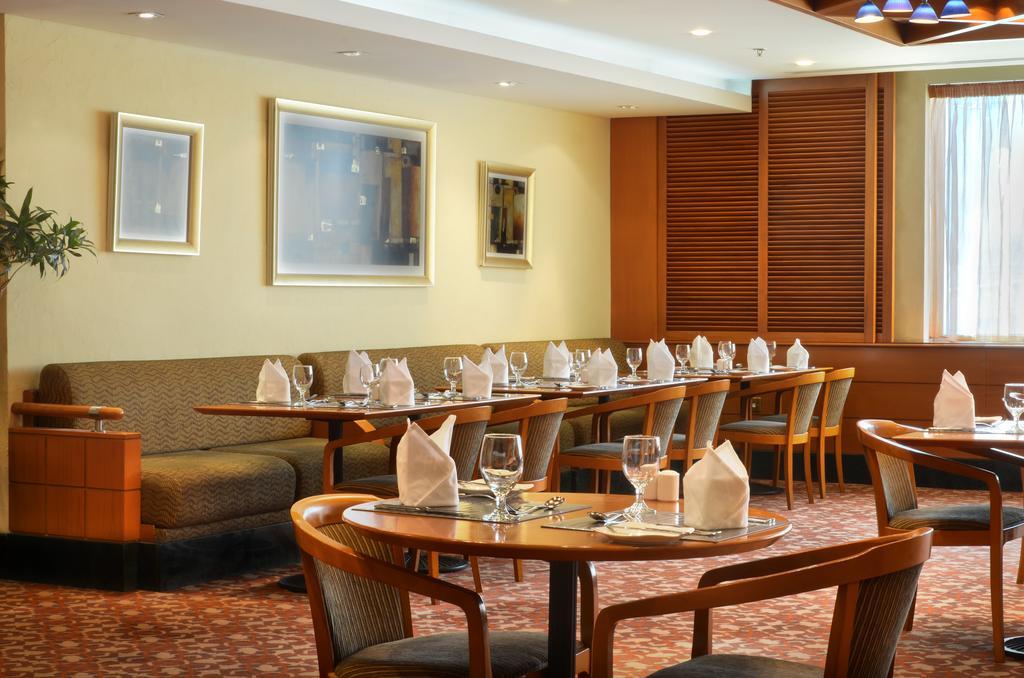 ОАЭ Swiss Belhotel Sharjah (Ex. Sharjah Rotana)