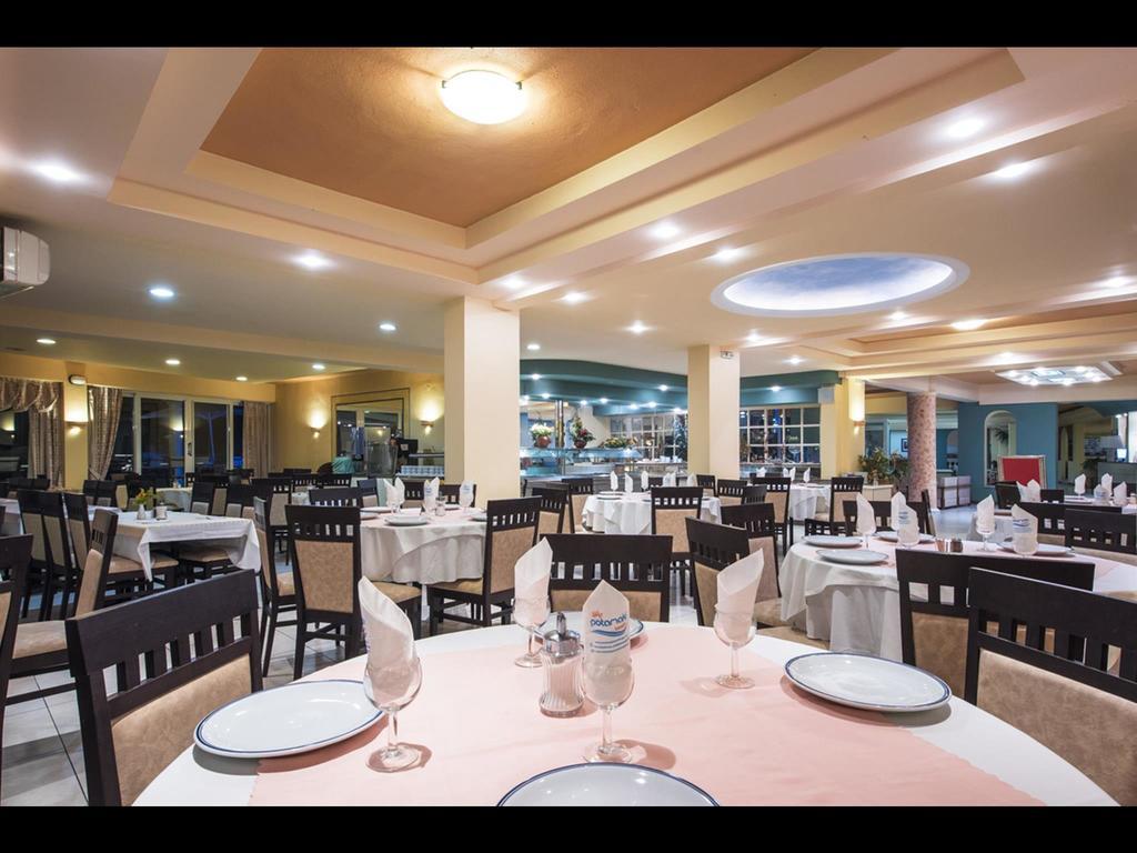 Відгуки туристів Potamaki Beach Hotel