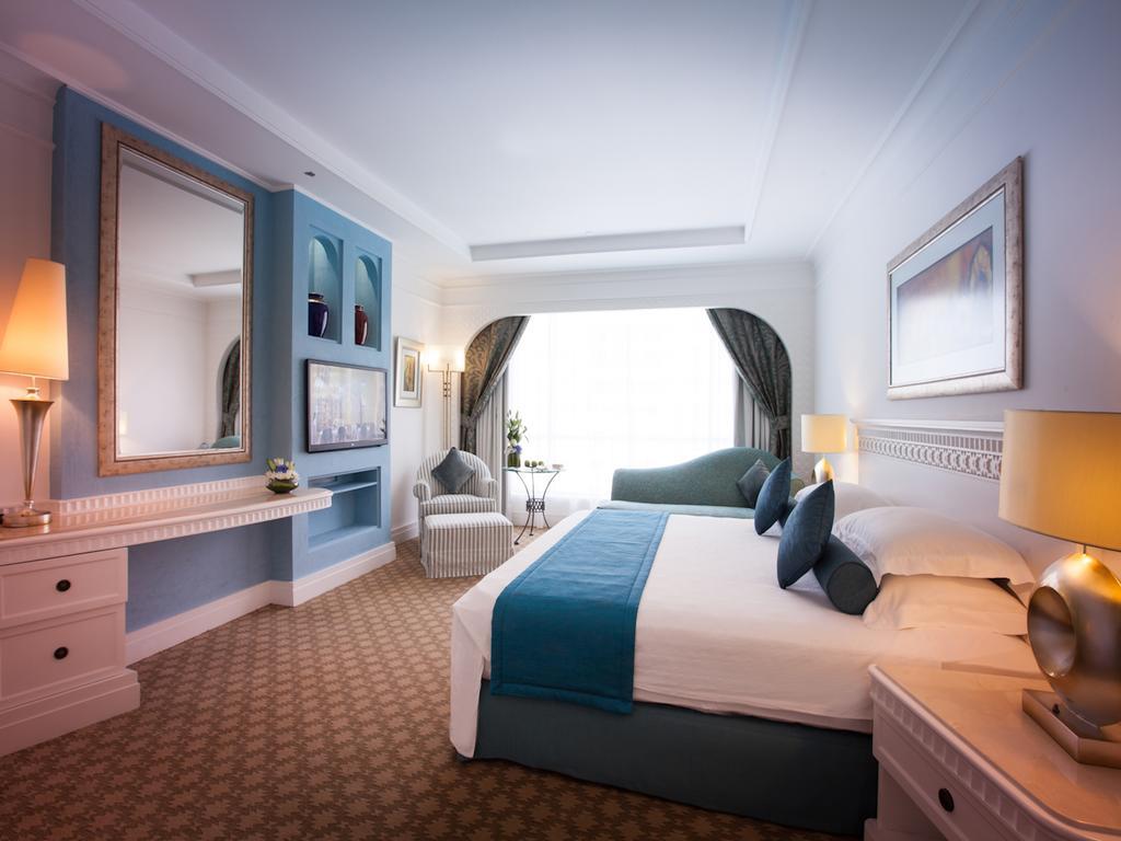 Habtoor Grand Resort& Spa, фотограції туристів