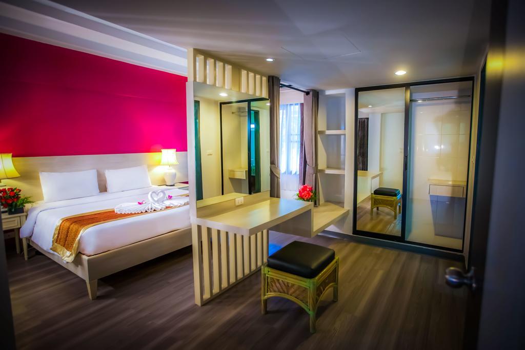 Цены в отеле Natural Park Resort