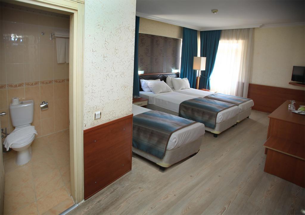 Lara Hadrianus Hotel, Анталія, Туреччина, фотографії турів