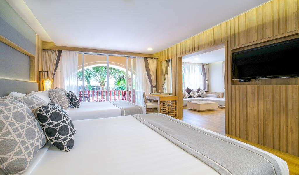 Phuket Graceland Resort & Spa ціни