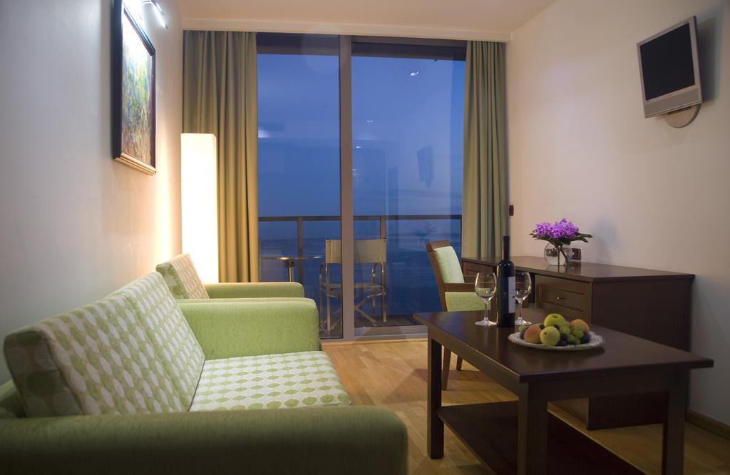 Горящие туры в отель Hotel Queen Of Montenegro Бечичи Черногория