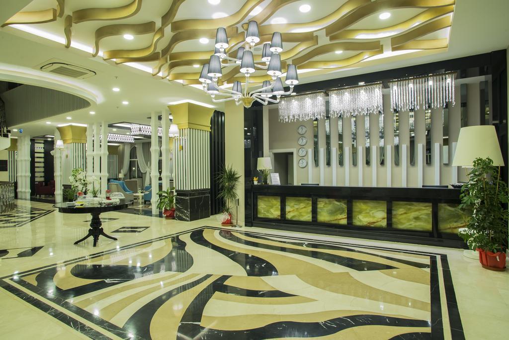 Відпочинок в готелі Palm World Side Resort & Spa