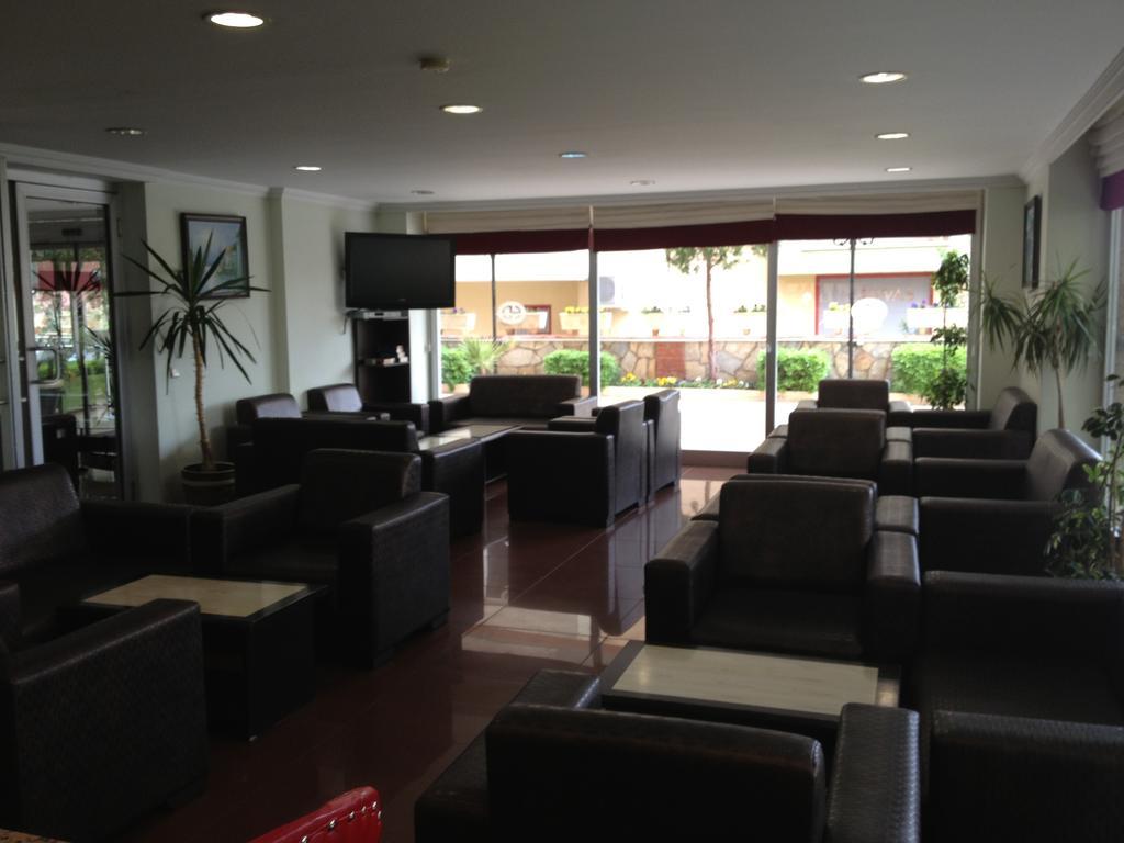 Гарячі тури в готель Lara Dinc Hotel Анталія Туреччина