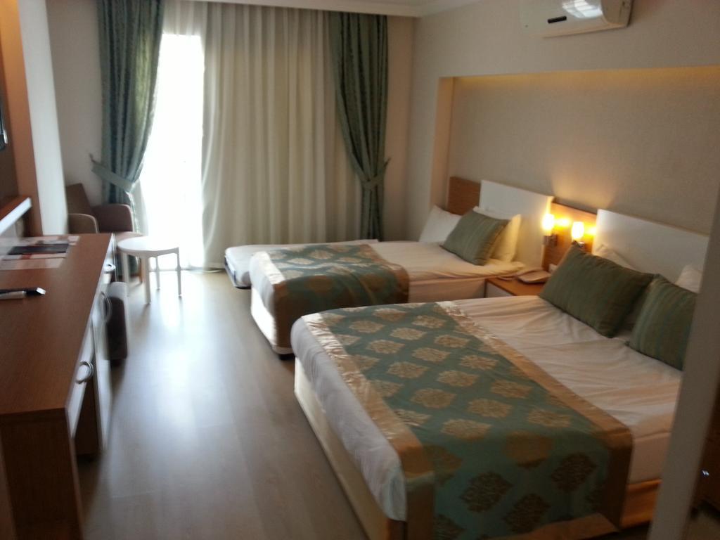 Тури в готель Annabella Diamond Hotel & Spa Аланія