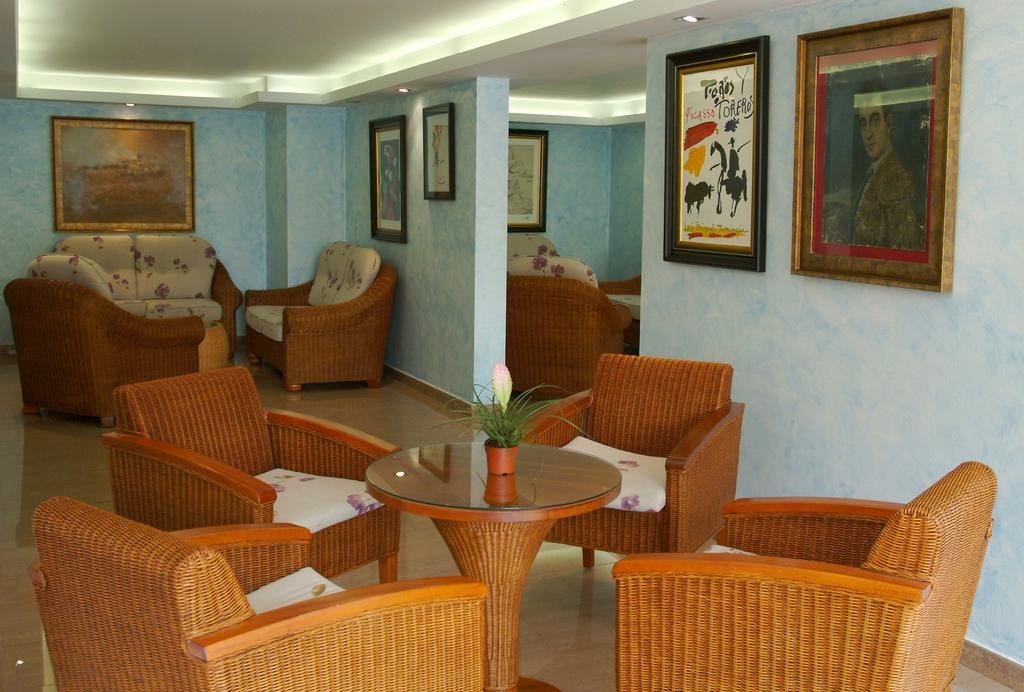 Горящие туры в отель Htop Palm Beach (Ex. Htop Ancla)