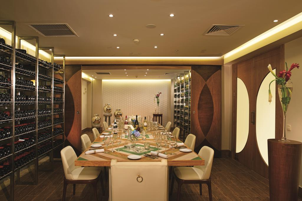 Фото готелю Now Onyx Punta Cana