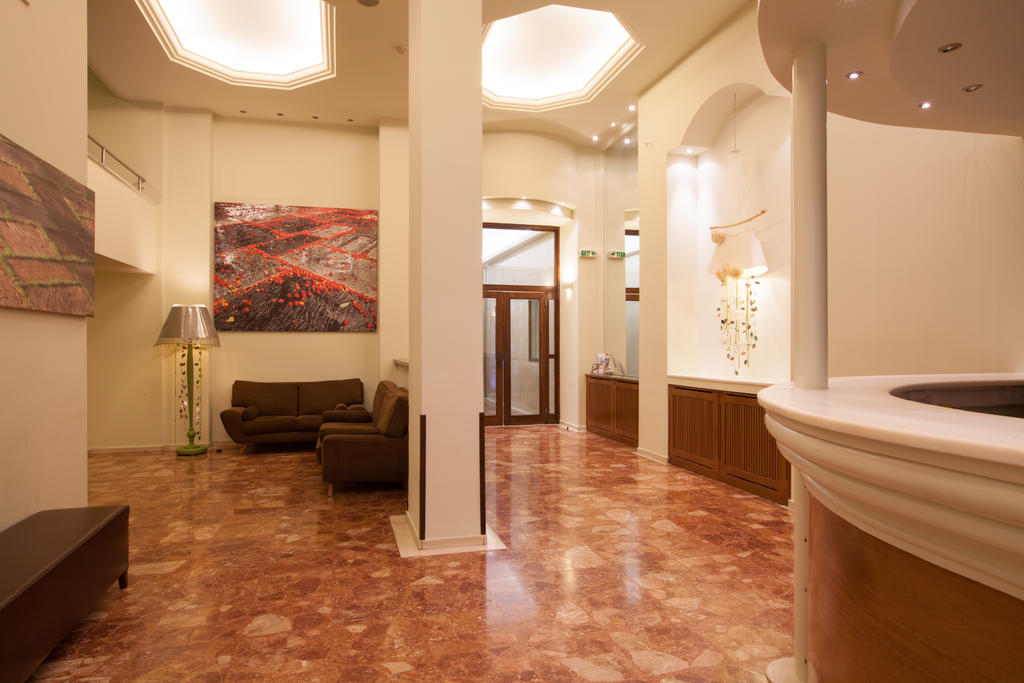 Marina Hotel Athens, Афины, фотографии туров