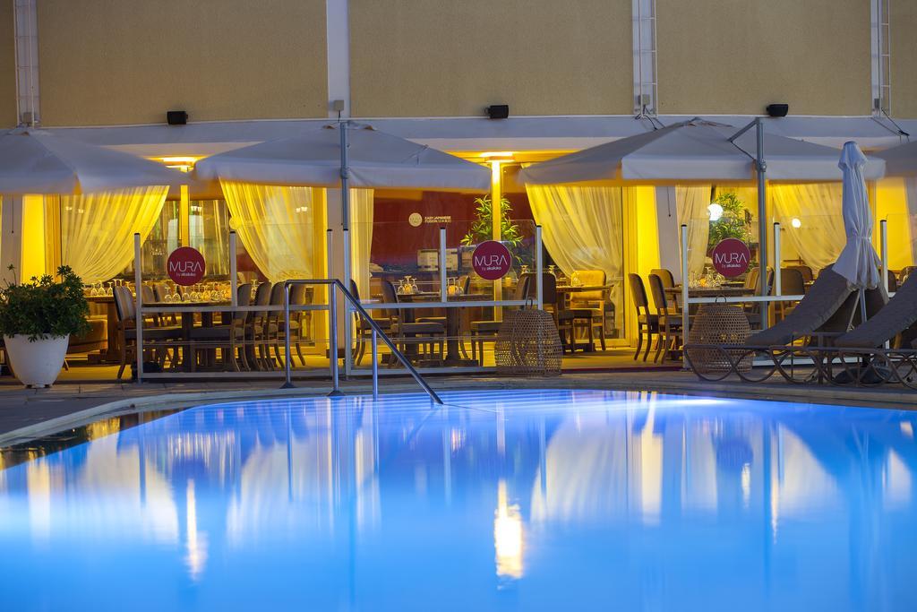Горящие туры в отель Louis Imperial Beach Hotel Пафос