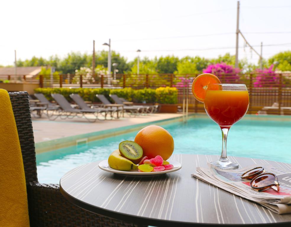 Отдых в отеле Volga (Calella) Коста-де-Барселона-Маресме Испания