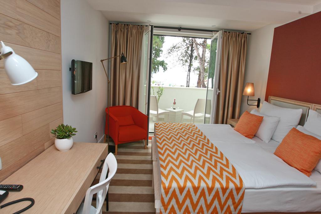 Отдых в отеле Budva Hotel