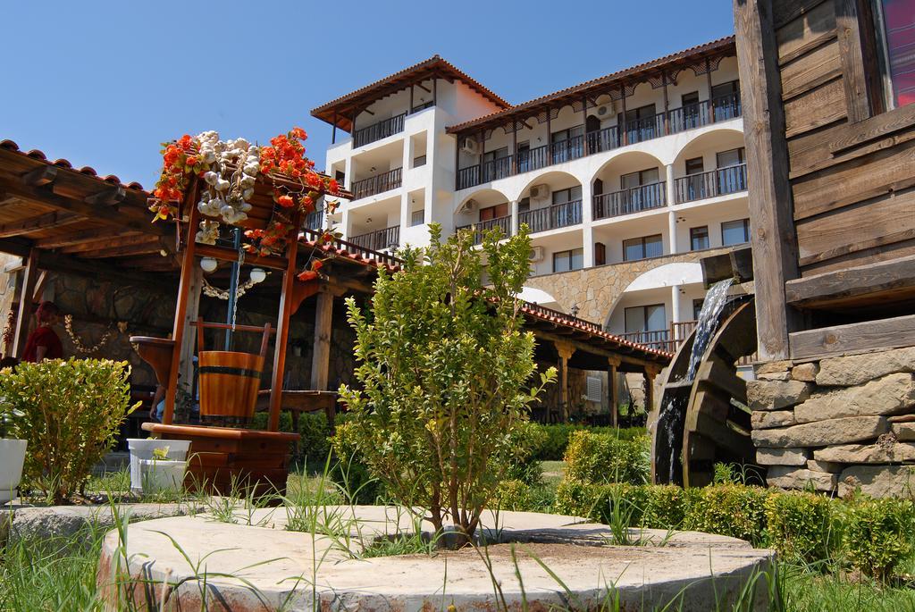 Dinevi Resort Third Line, Свети-Влас, Болгария, фотографии туров