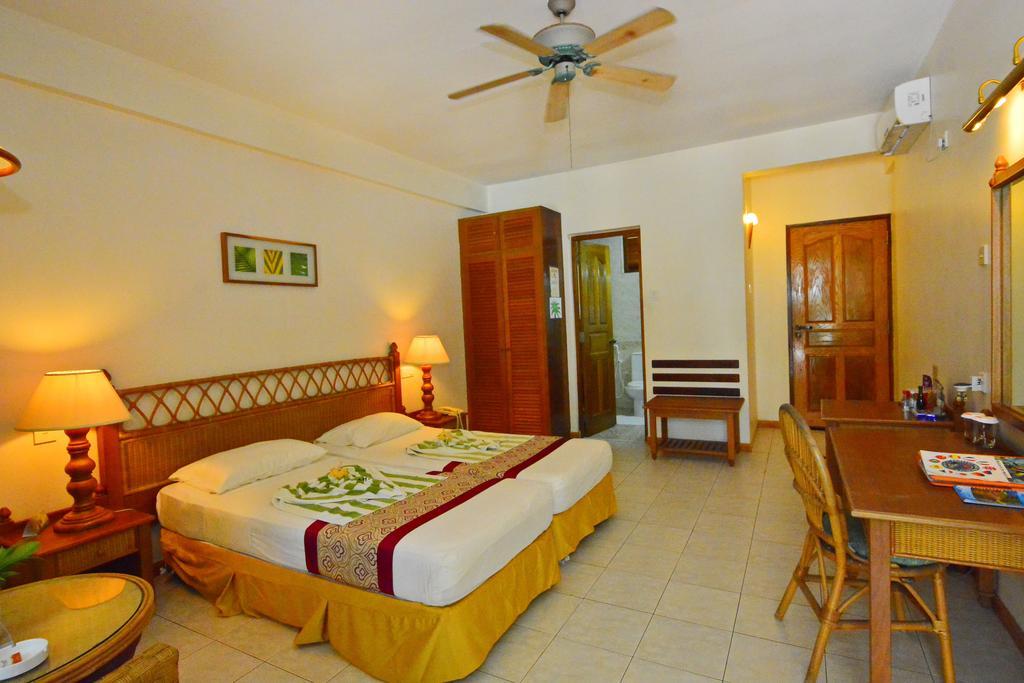 Горящие туры в отель Fihalhohi Island Resort Южный Мале Атолл
