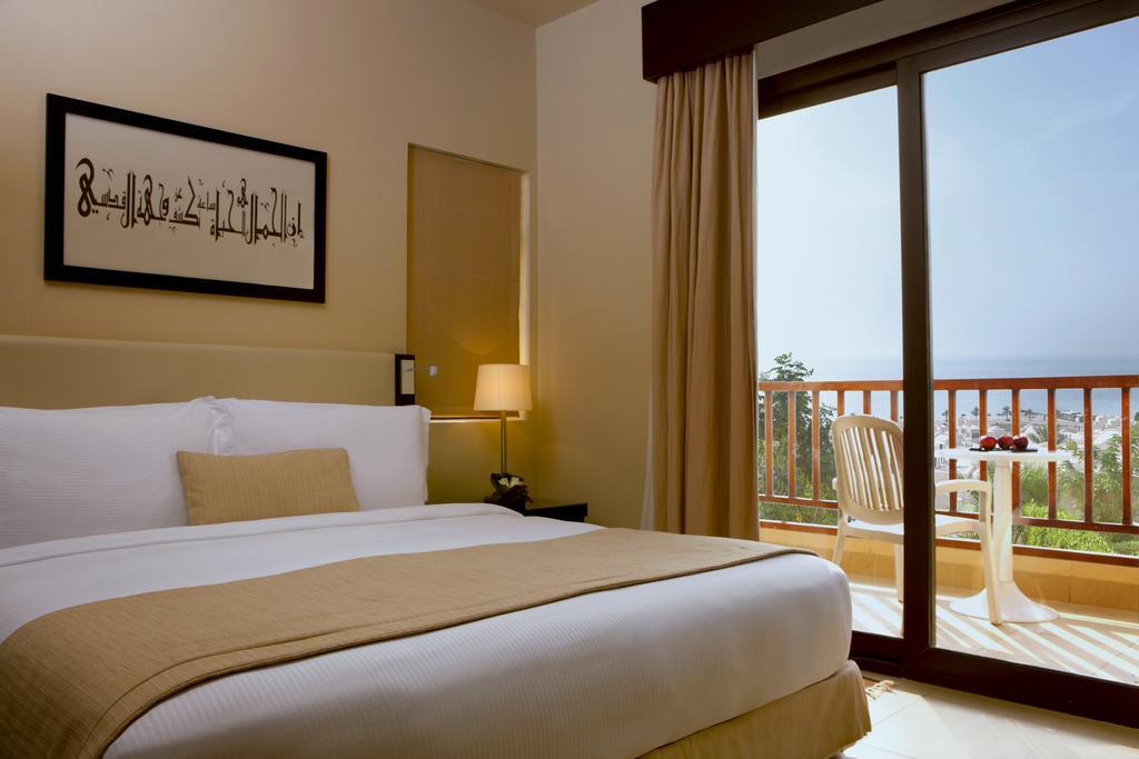 Тури в готель The Cove Rotana Resort Ras Al Khaimah Рас-ель-Хайма