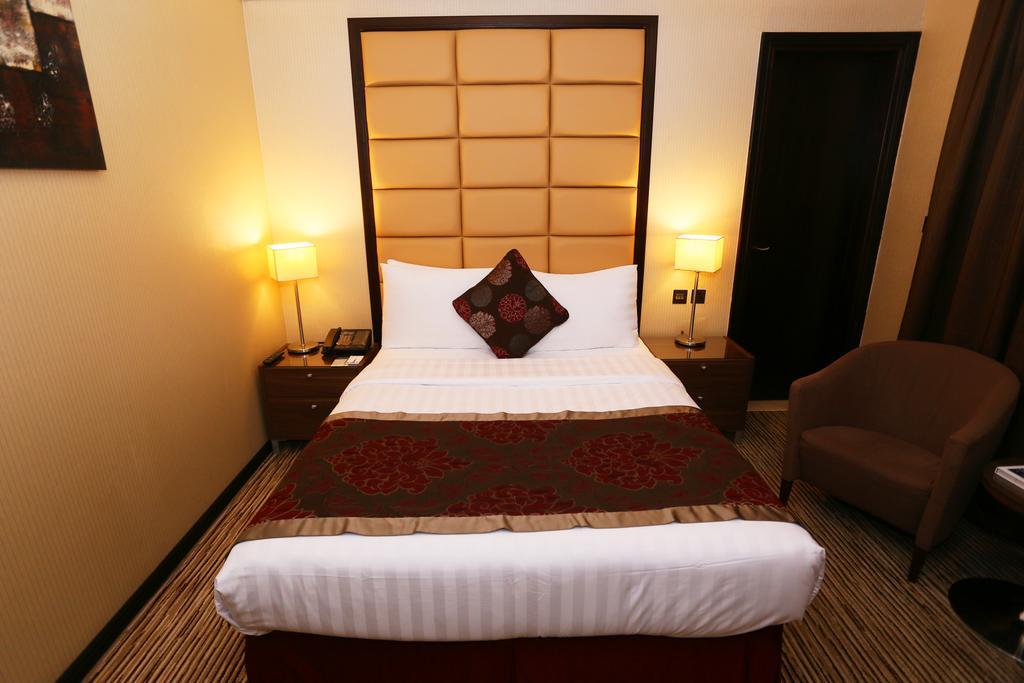 Фото отеля Al Hamra Hotel