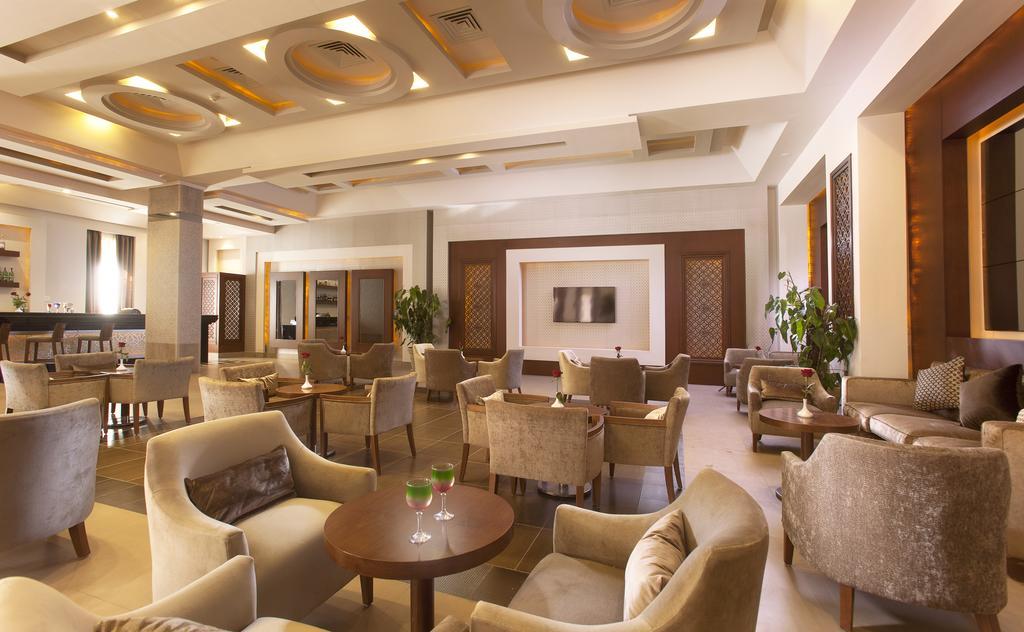Відпочинок в готелі Charmillion Sea Life Resort (ex. Sea Life Resort)