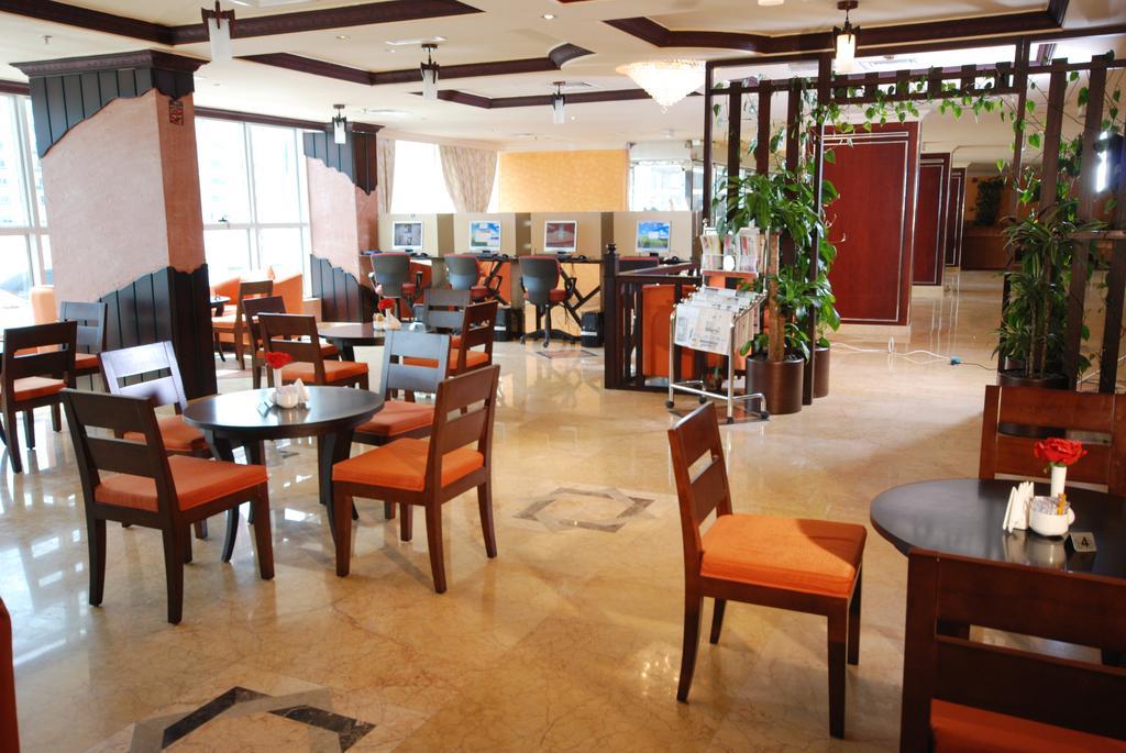 Цены в отеле Al Bustan Hotel Sharjah