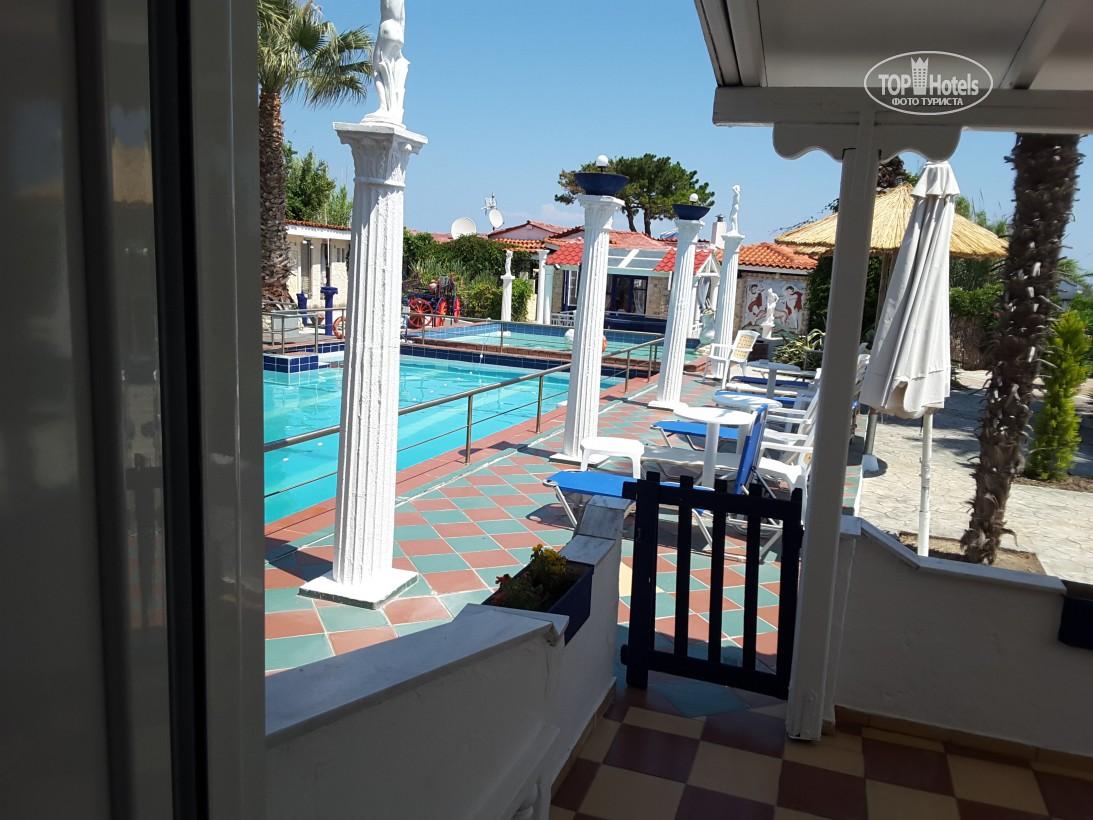 Готель, Villa George Hotel Apartments