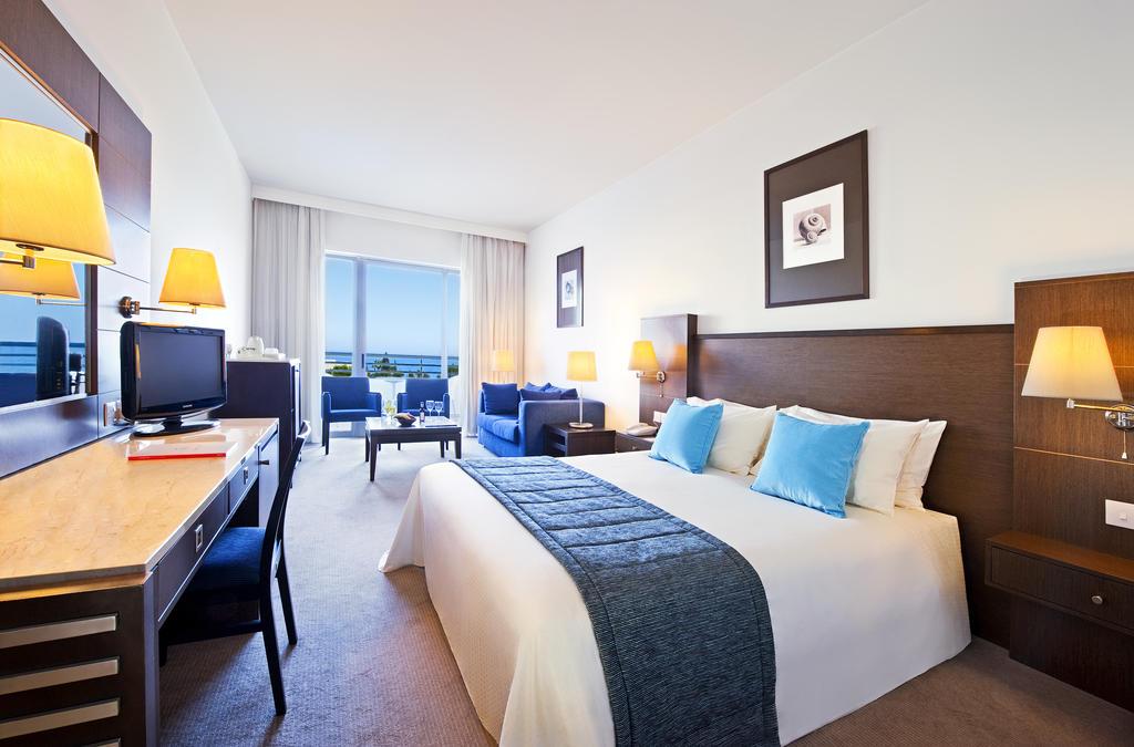 Цены в отеле Mediterranean Beach Hotel