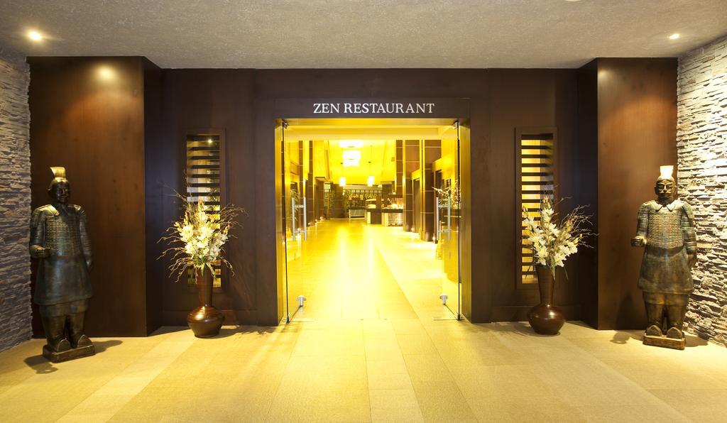 Відпочинок в готелі Limak Lara De Luxe Hotel & Resort Анталія