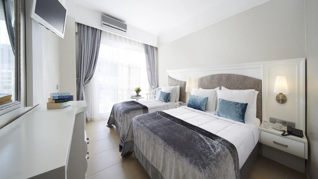 Відпочинок в готелі Ideal Premium Hotel