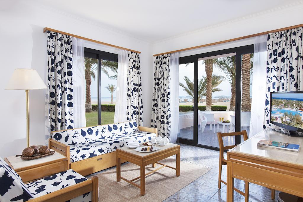 Отдых в отеле Pharaoh Azur Resort (Ex. Sonesta Pharaoh Beach)