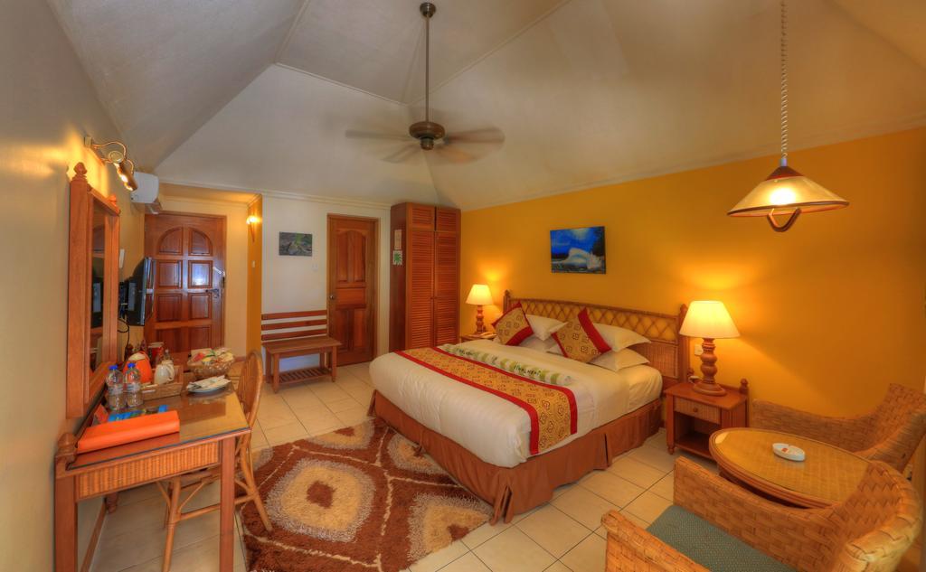 Горящие туры в отель Fihalhohi Island Resort Южный Мале Атолл Мальдивы