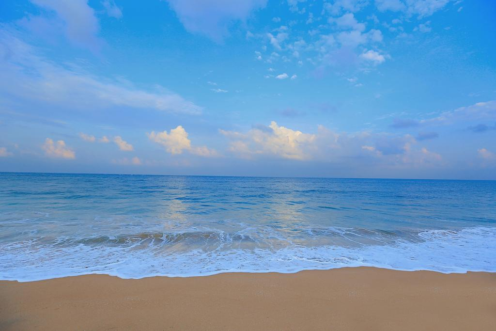 Pandanus Beach Resort фото туристов