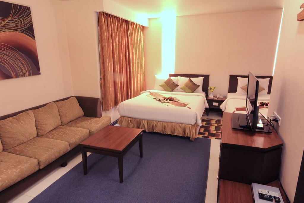 Aiyara Palace Hotel, 3