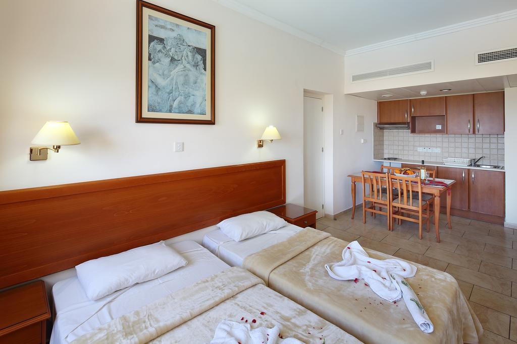 Кипр Panareti Coral Bay Hotel