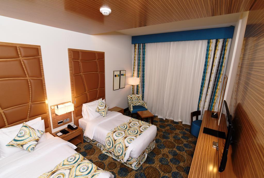 Pearl Creek Hotel, ОАЭ