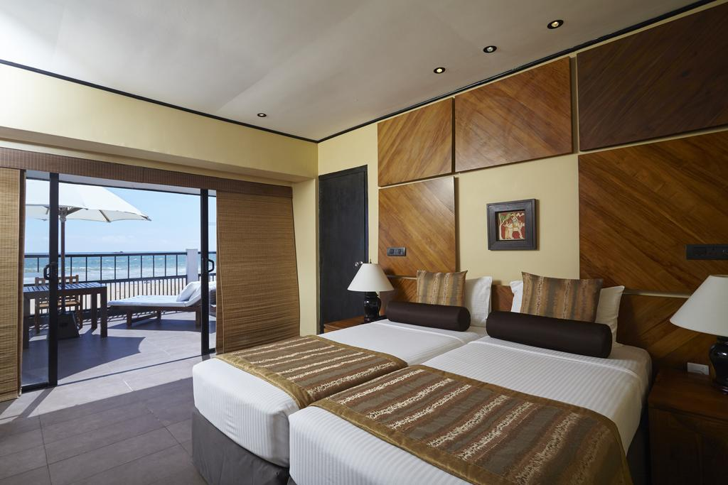 Отдых в отеле The Ekho Surf Hotel