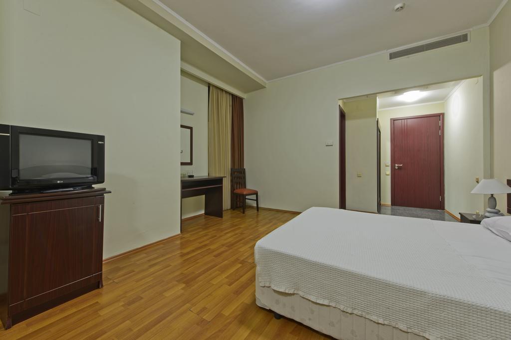Тури в готель Sanapiro Батумі Грузія