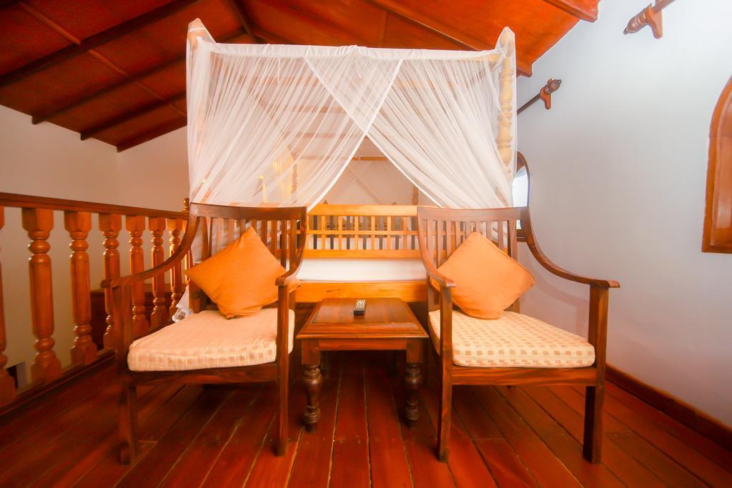 Гарячі тури в готель Dickwella Resort Діквелла Шрі-Ланка