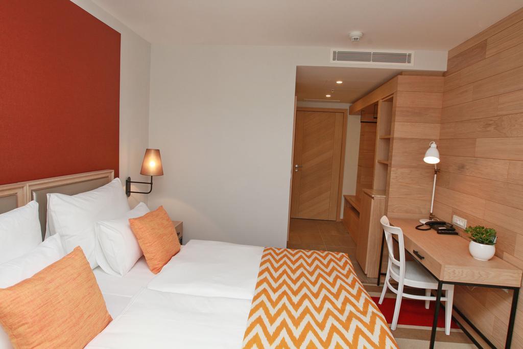 Budva Hotel, фотографии туристов