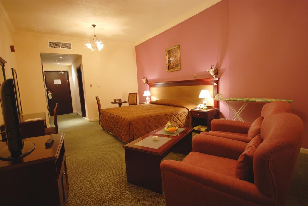 Отдых в отеле Al Bustan Hotel Sharjah