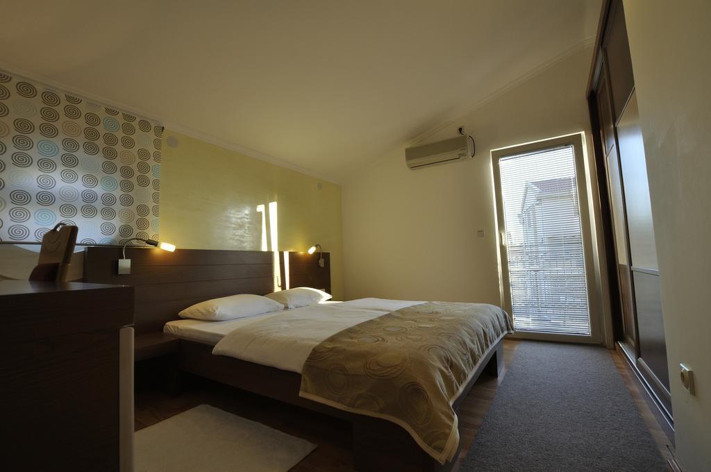 Відпочинок в готелі Djuric Петровац Чорногорія