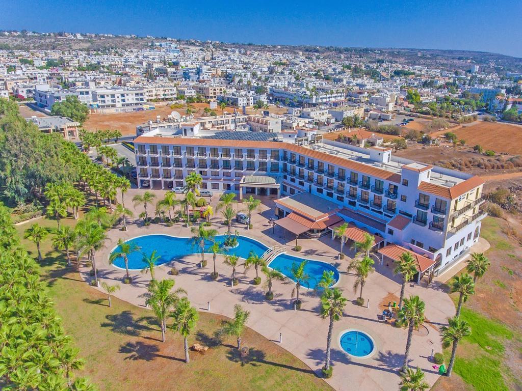 Фото отеля Anmaria Beach Hotel