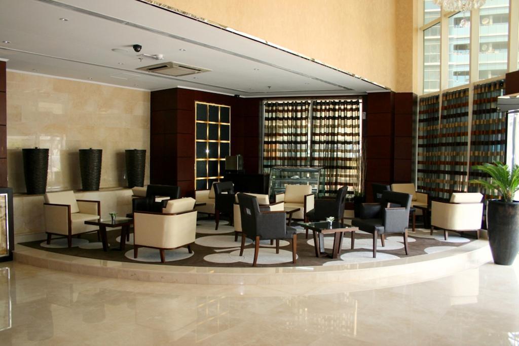 Howard Johnson Hotel Bur Dubai, ОАЭ, Дубай (город), туры, фото и отзывы