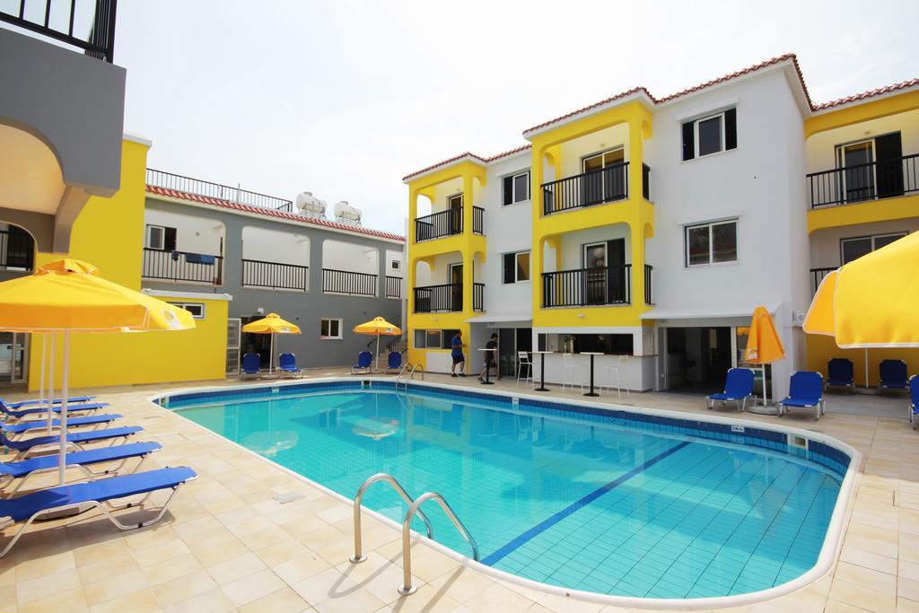 Sea Cleopatra Napa Hotel (ex. Smartline Cleopatra Annex Apartments), фото