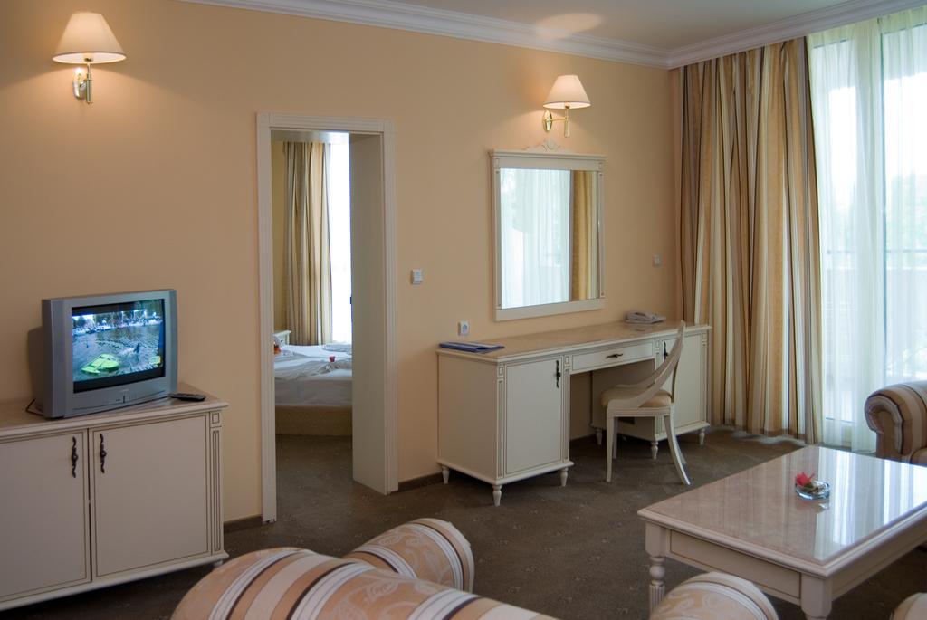 Горящие туры в отель Marina Beach Дюны Болгария