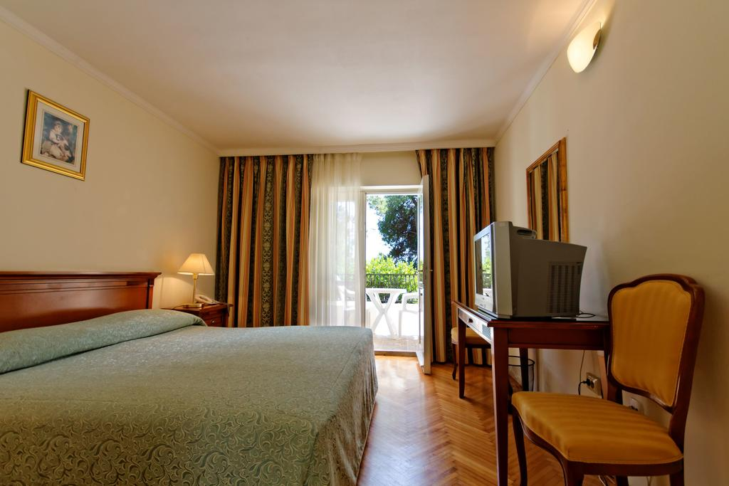 Гарячі тури в готель Jadran