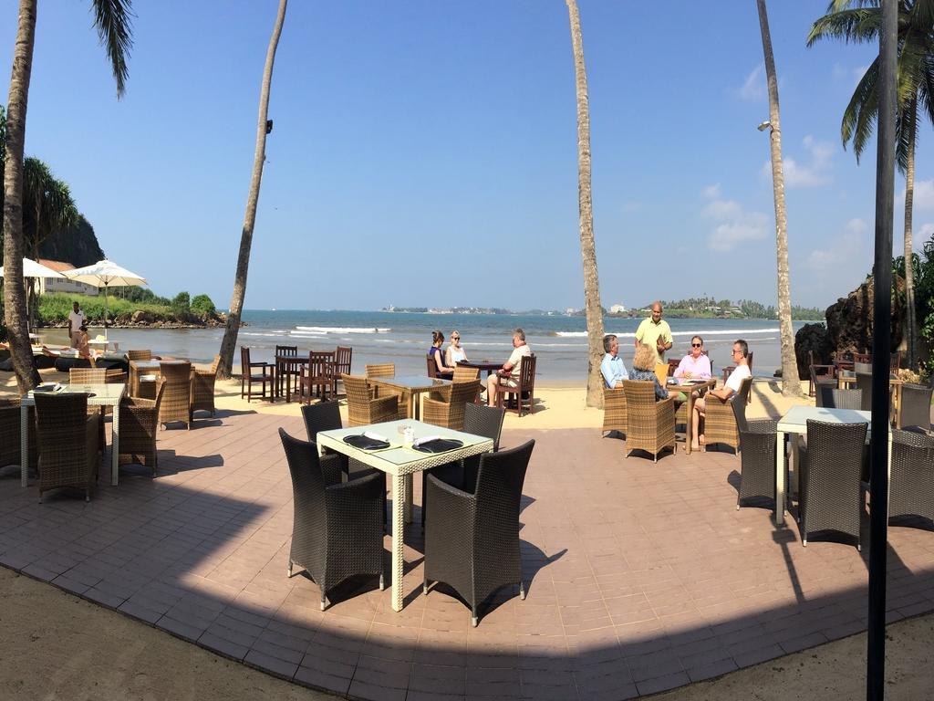 Отдых в отеле Coco Bay Unawatuna
