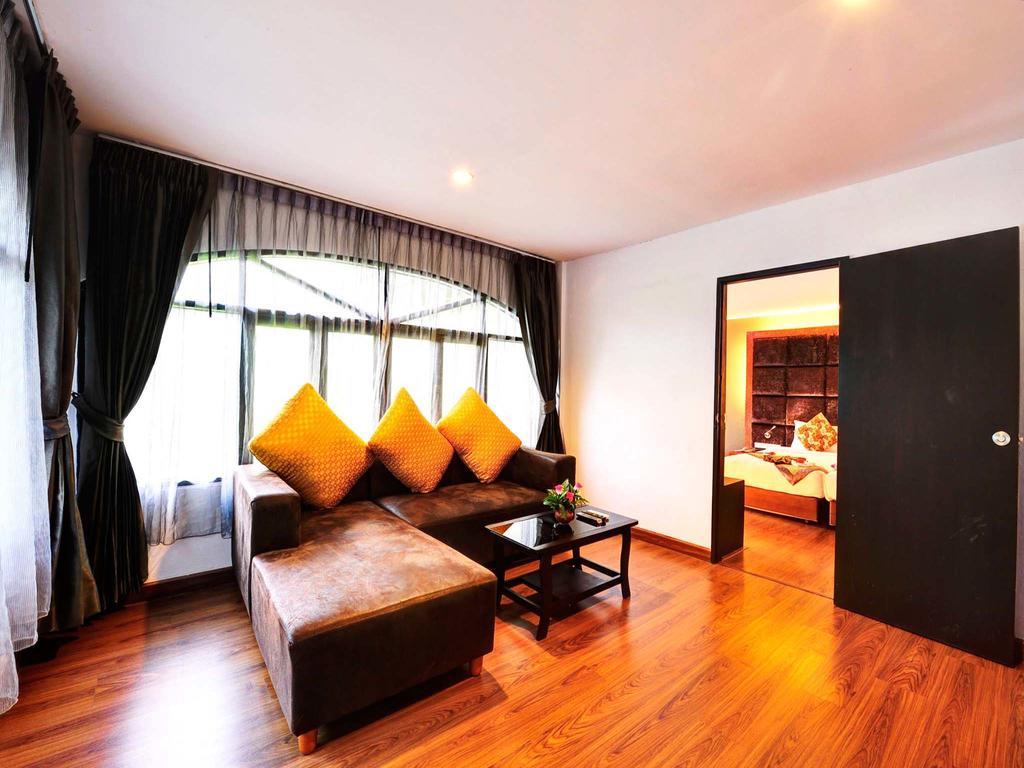 Отель, Splendid Resort