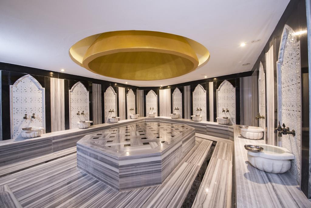 Гарячі тури в готель Palm World Side Resort & Spa Сіде