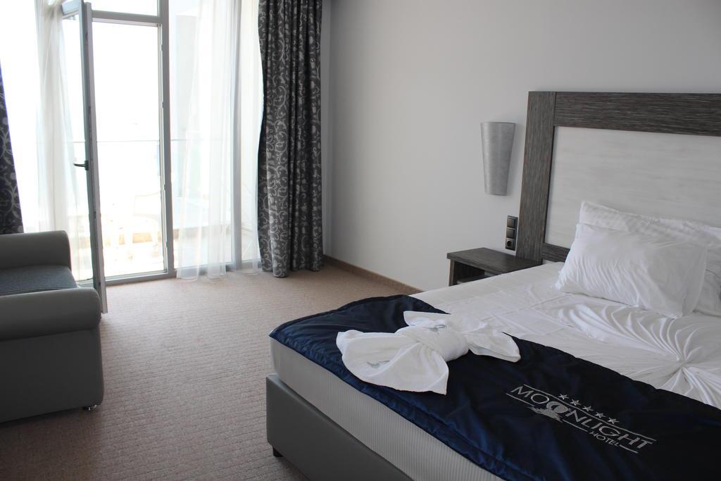 Горящие туры в отель Moonlight Свети-Влас