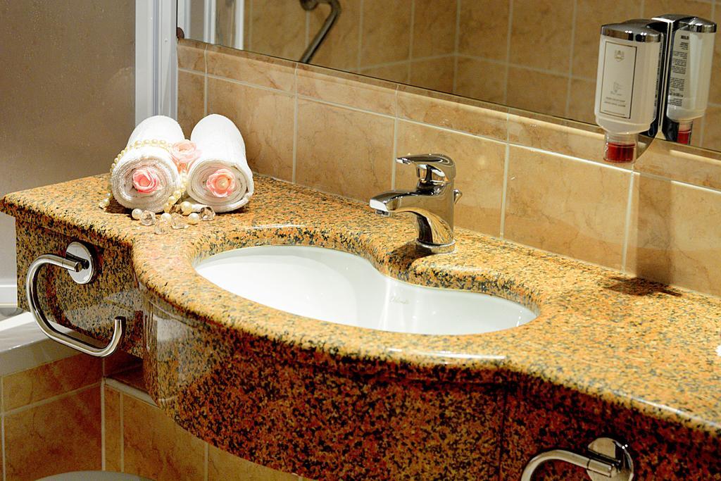 Горящие туры в отель Princess Hotel Бар Черногория